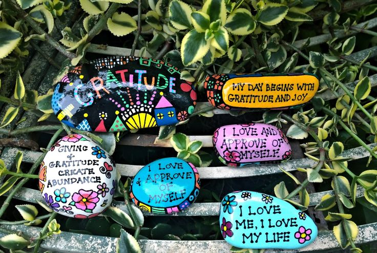 Positive Affirmation Stones- Creations by Toni Le Lievre https://www.facebook.com/creationsbytonilelievre