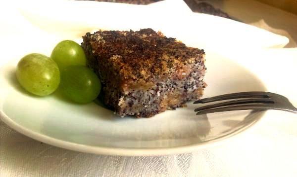 Sypaný jablkový koláč s makom - recept