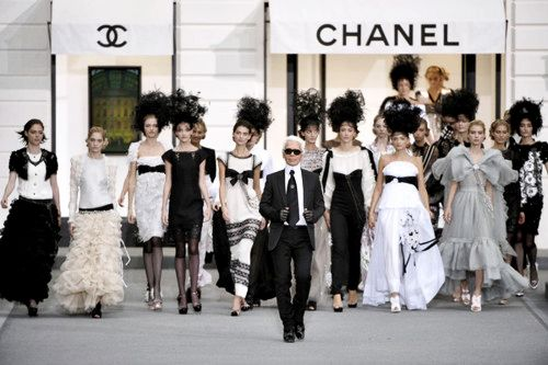 karl's army.: Things Coco, Coco Chanelclass, Chanel Weddings, Chanelhaut Couture, Beauty People, Styles, Chanel Icons, Fashion Favorit, Karl Lagerfeld