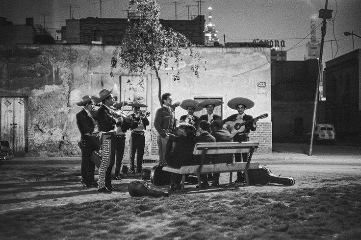 Mariachi en la Plaza Garibaldi 1964.