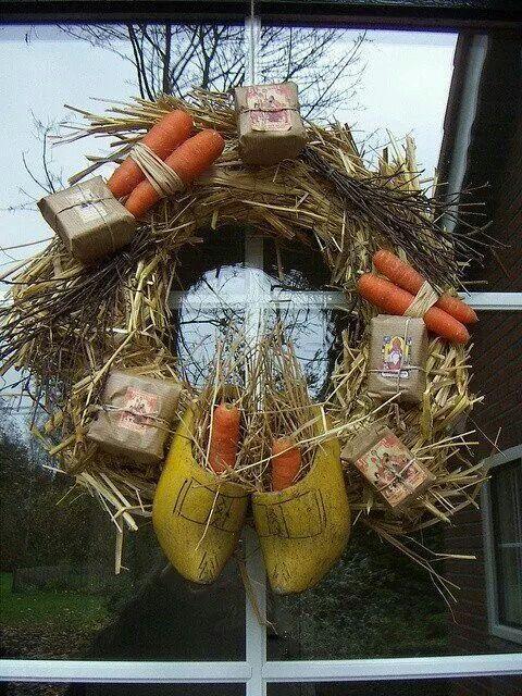 Voor de oudere kinderen erg leuk om te maken. Een Sinterklaas krans van stro.