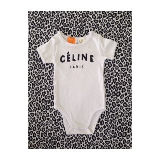 Celine Inspired Baby OnesieThese come in sizes 0-3, 3-6 and 6-12and look great with our leggings.They are • 220 GSM 100% Cotton• Superfine cotton rib• Tonal shoulder domes• Shoulder to shoulder tape• Preshrunk to minimise shrinkagePlease check images for size chartIf ordered alone we will be sending them as a large letter through AUS post to minimise shipping costs, If you would like an alternate please contact us.