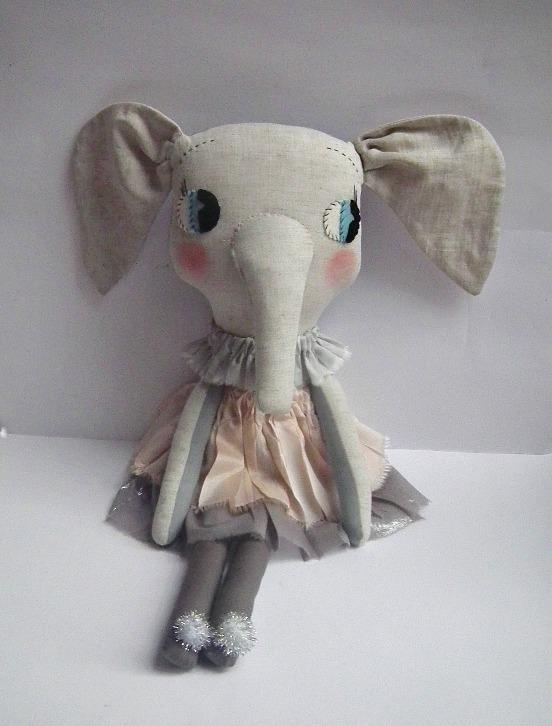 Elodie Elephant www.oneroundcircle.com