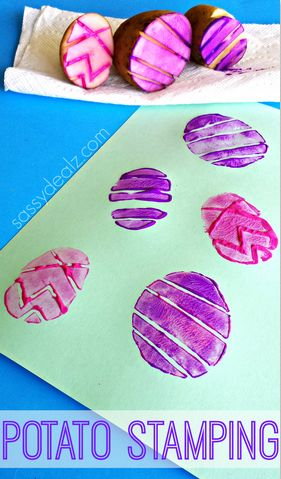 Easter Egg Potato Stamping Craft for Kids #Easter craft for kids | CraftyMorning.com