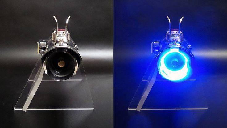 Custom #Graflex pin blade plug to wrap up this build.  #StarWars #theforceawakens #StarWarsTheForceAwakens #Skywalker #Rey #finn #Luke #lightsaber #disney #movie #prop #cosplayprop #replica #flash #gun #vintage #metal #LED #blue #light #shiny #amazing #awesome #diy #maker