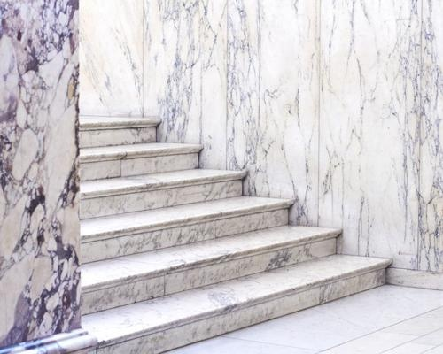 marble flouring and wall make the place looks gorgeous and silence