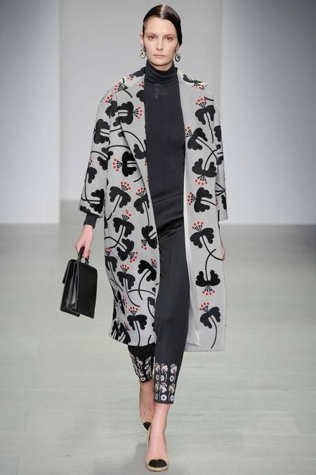 Holly Fulton AW14 - Fulton matures a little this season with chic silhouettes and oversized coats covered in her signature style prints.