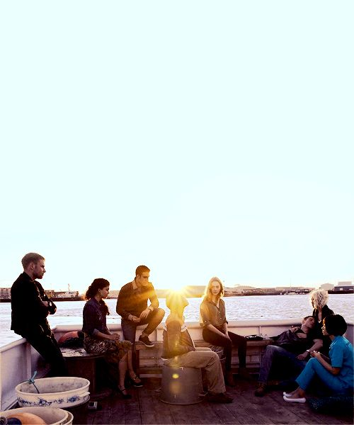 A sense8 playlist! With all the sensates from netflix!