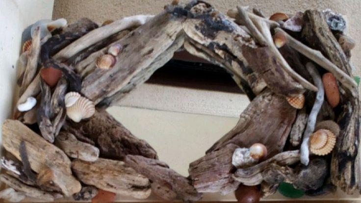 Specchio con cornice realizzata con legno di recupero in Casa, Arredamento e Bricolage, Decorazione della casa, Specchi | eBay