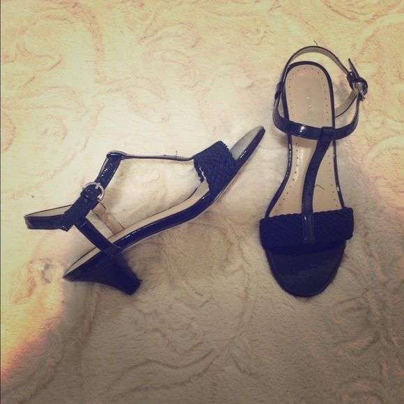 Sexy low strappy navy blue sandals Heels...cute sexy low heels...(NWOT) Adrienne Vittadini Shoes Sandals