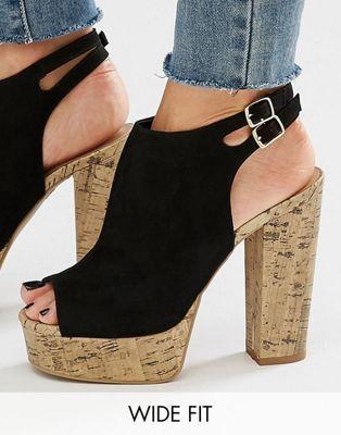 New Look - Chaussures pointure large à semelle plateforme en liège