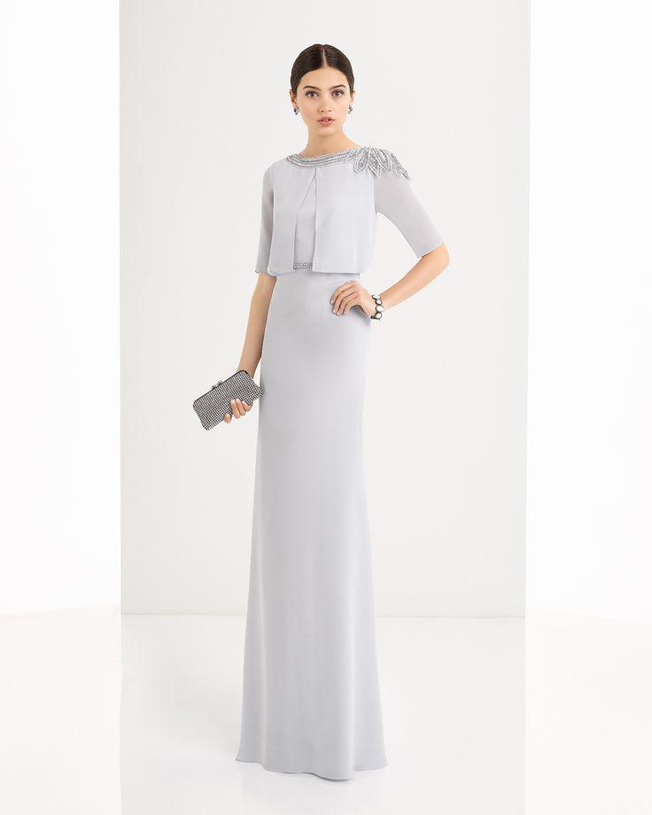 Vestido de georgette y pedreria disponible en, verde, marino y plata.