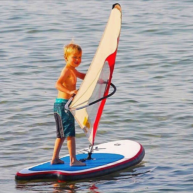 Close your eyes and feel your way - The best way to learn windsurfing 😌 🐬⠀ ⠀ #Summerdays #WhipperFamily #Ohana #WhipperKids #WhipperRig #KidsatSea #Kidsonboard #KidsfirstWindsurf #BeachKids #SurfGroms #Windsurfing #Upcomlings #SurfKids #WhipperKids
