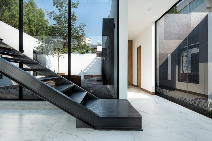 AG Consultores | Dionne Arquitectos | #office #center #stairs #natural #lighting #garden #interior #design