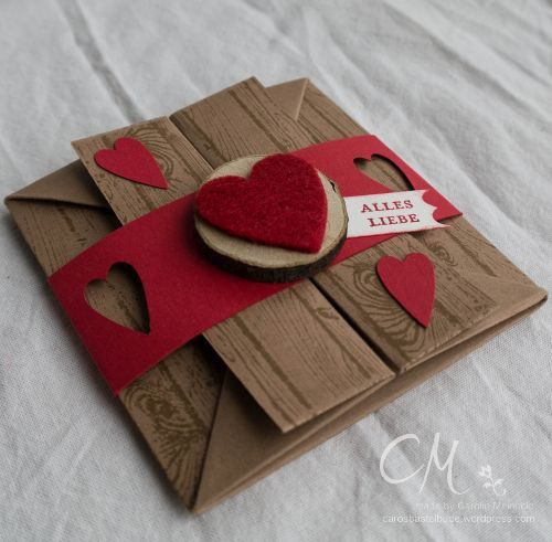 Box Card (http://www.splitcoaststampers.com/resources/tutorials/boxcard)