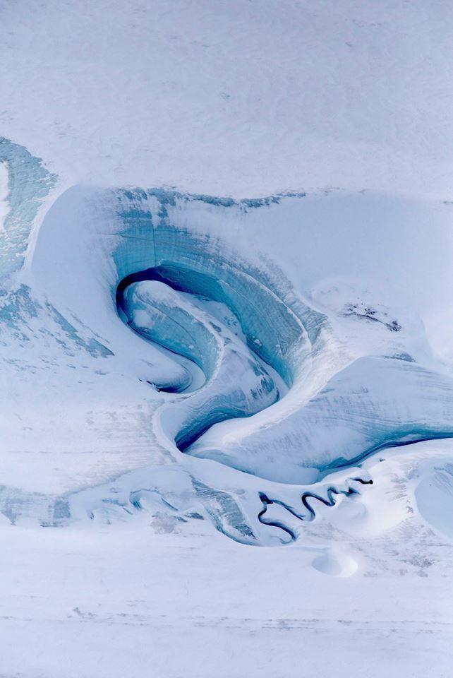 Twisting melt channels over Ellesmere Island ice cap