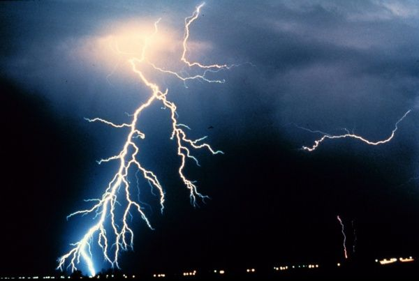 Public domain NOAA lightning picture
