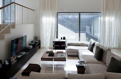 Casa Moderna En Blanco Y Negro