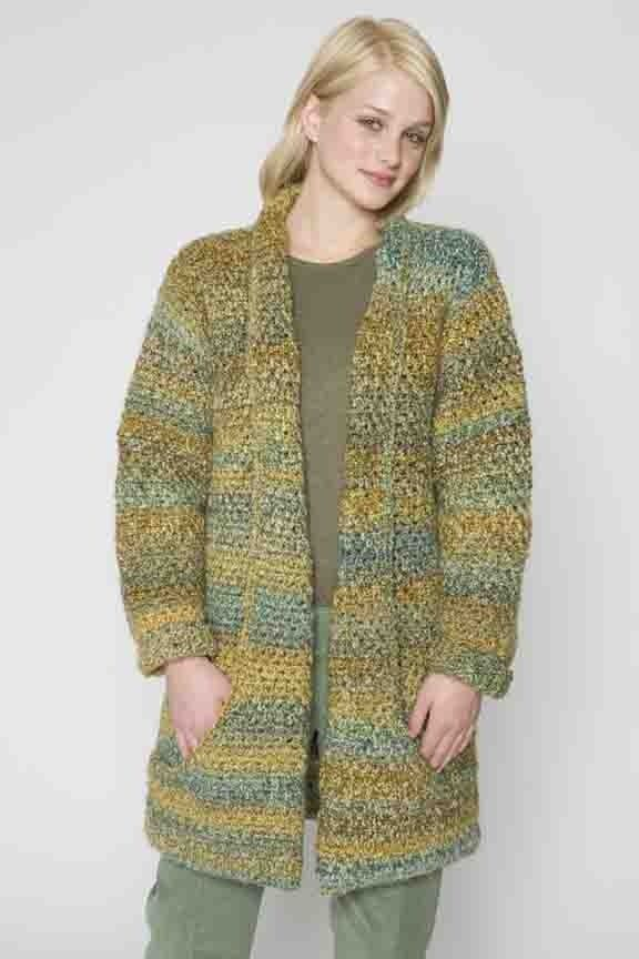 Flattering Jacket in Lion Brand Homespun - 60090AD. Discover more Patterns by Lion Brand at LoveKnitting. We stock patterns, yarn, needles and books from all of your favorite brands.