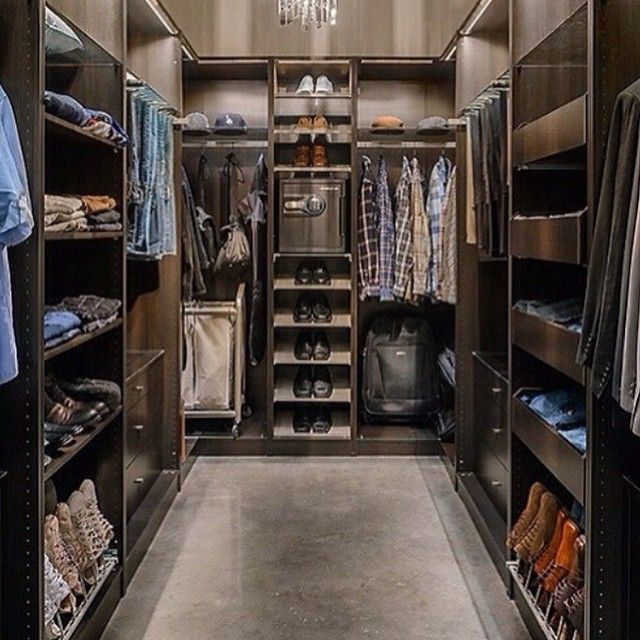 The closet @millionaire_motivator