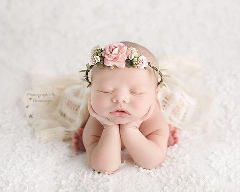 Fotografie Neugeborenes Mädchen Blumenkronen 40+ Beste Ideen