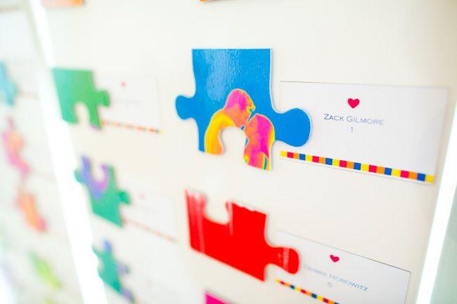 DIY Puzzle Wedding Guestbook | Studio DIY®