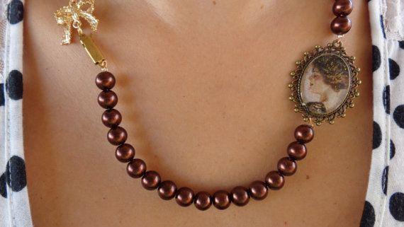 A vintage pearl necklacebrown pearls vintage by ArtisticBreaths