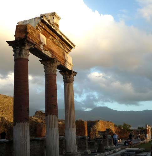 Best Day Trips to Take from the Amalfi Coast or Sorrento: Pompeii Excavations