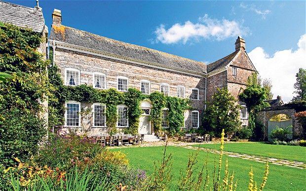 Lovely English Country Garden