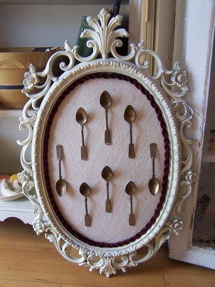 silverware wall artCrafts Ideas, Vintage Spoons, Diy Vintage Frames, Frames Collection, Spoons Collection, Baby Spoons, Frames Ideas, Christmas Ideas, Crafty Ideas