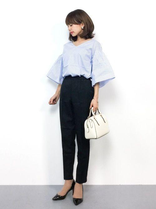 studio CLIPのシャツ・ブラウス「【ADVANCE LINE】ストライプ半袖ブラウス」を使ったeriko(ZOZOTOWN)のコーディネートです。WEARはモデル・俳優・ショップスタッフなどの着こなしをチェックできるファッションコーディネートサイトです。