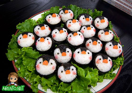 If only I had time to make THESE adorable penguin musubis. BENTO!