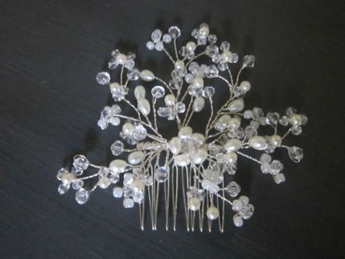 Crystal-Pearl-Bead-Hair-Comb-Handmade-Wired-Bridal-Hair-Comb-Stunning