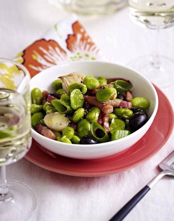 Unser beliebtes Rezept für Dicke Bohnen mit Speck und Oliven und mehr als 55.000 weitere kostenlose Rezepte auf LECKER.de.
