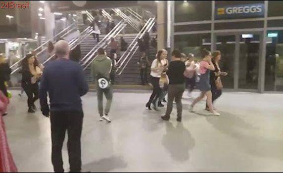 Imagens mostram momento da explosão em show de Ariana Grande em Manchester