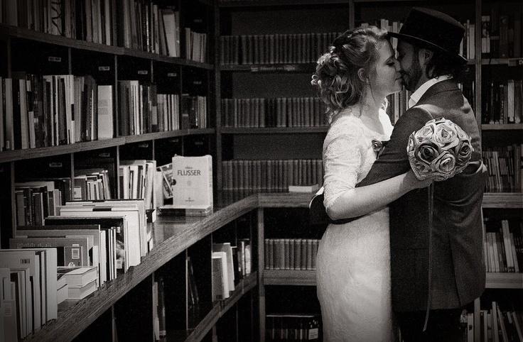 Casamento dentro da Livraria Cultura (SP) 17/11/2012. Foto: Avener Prado/Folhapress, COTIDIANO