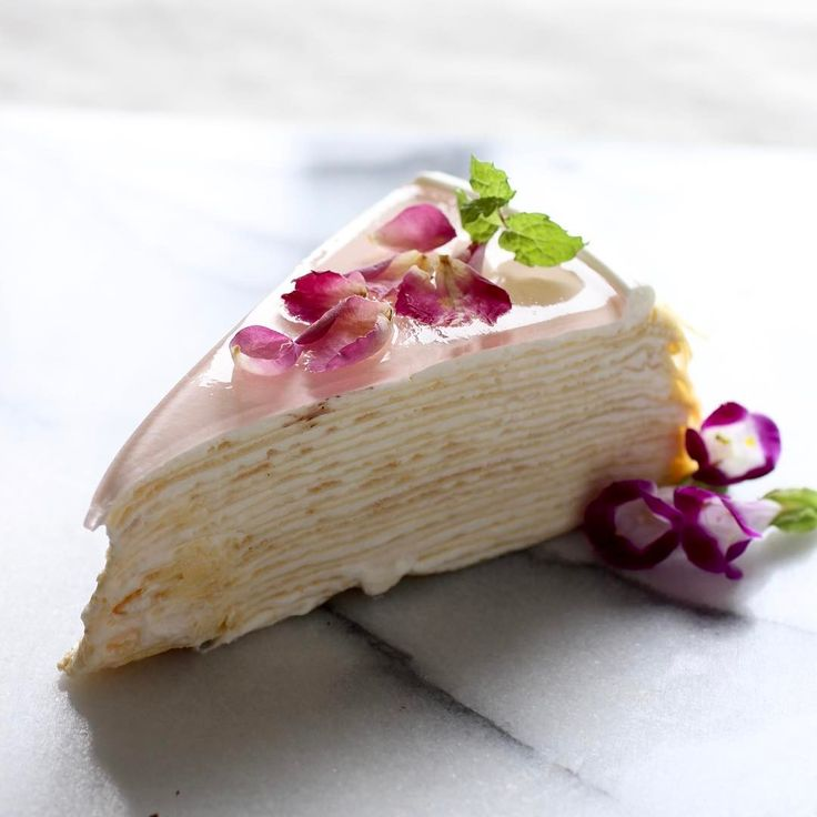 Lady M_Rose Crepe Cake Crepe cake again !!! #beautifulcuisines #simplisticfood #gastronogram #feedfeed #cuisine_captures #chefsroll #topcitybites #foodamology #eniyilerikesfet #aroii #gastroart #foodblogger #foodblog #nom #nomnom #vscofood #menwithcuisines #ケーキ #デザート #디저트 #相機食先 #chefsplateform #맛있는 #hkfoodie #breakfast #美味しい #crepecake