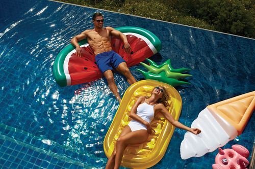 sulpipxy_inflatable-pineapple[5].jpg