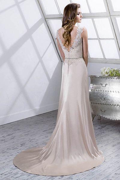 Winter Wedding Gowns - Winter Wedding Dresses | Wedding Planning, Ideas & Etiquette | Bridal Guide Magazine