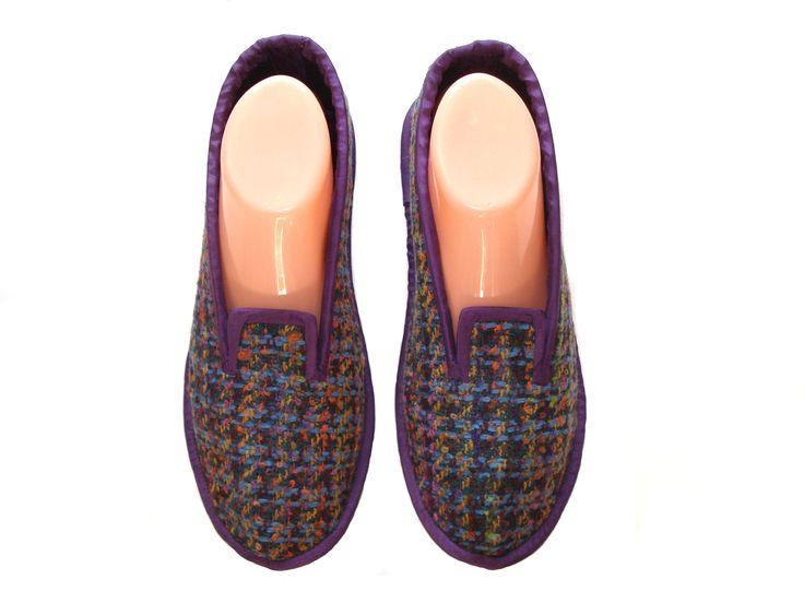 Best 25+ Women\'s slippers ideas on Pinterest | Crocheted slippers ...
