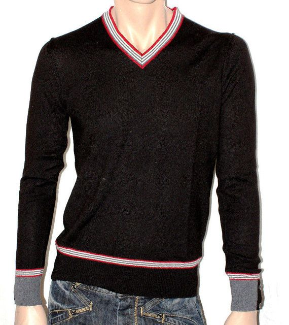Man's Black Pullover Sweater 39 MASQ Long Sleeves di BeHappieWorld