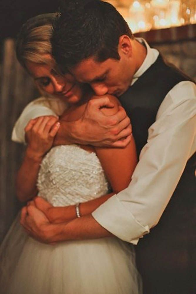 18 Must-Take Romantic Photos On Your Wedding Day ❤ This is editor's pick for your inspiration of the best romantic photos over Internet See more: http://www.weddingforward.com/romantic-photos-wedding-day/ #weddings #photography