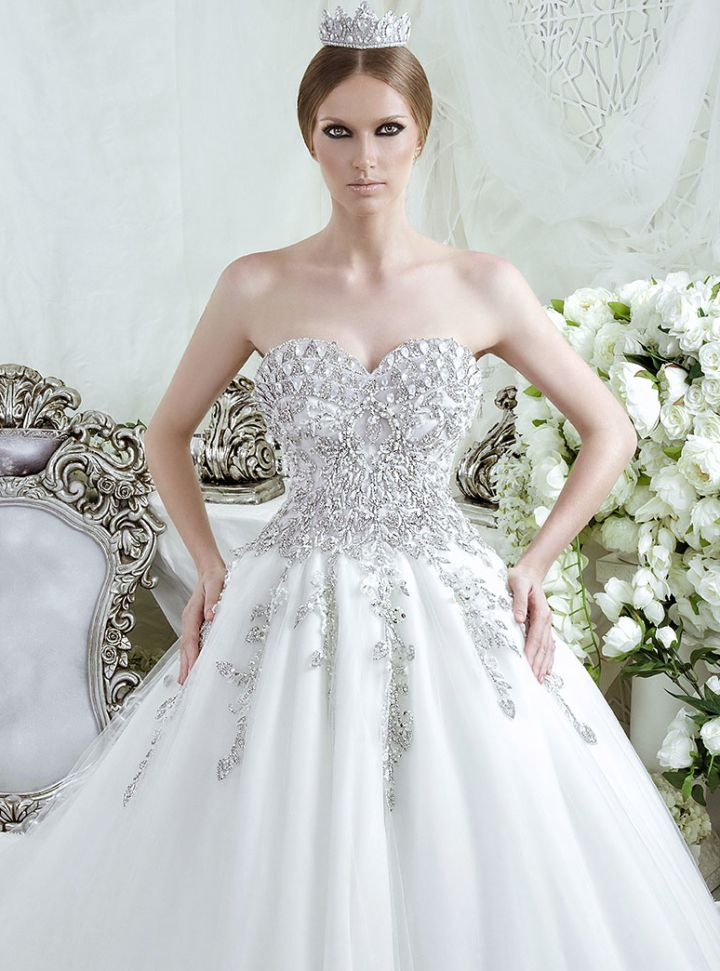 Dar Sara Wedding Dresses 2014 Collection with Glamorous Swarovski Crystals Part II: http://www.modwedding.com/2014/10/10/dar-sara-wedding-dresses-2014-collection-glamorous-swarovski-crystals-part-ii/ #wedding #weddings #wedding_dress