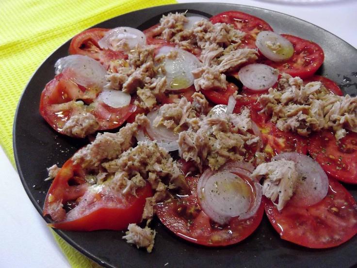 O Barriguinhas: Salada de Tomate e Atum Simples Assim