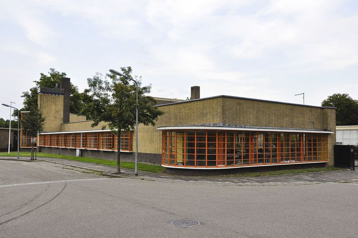 Dudok, school in Hilversum, Netherlands; the fire department had to go there on NewYears Eve 2016 ......, just in time