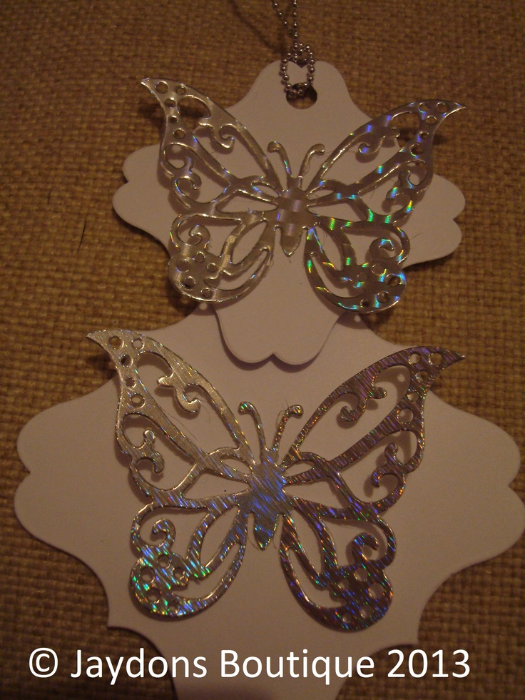 More beautiful butterfly favour/gift tags in two different sizes x