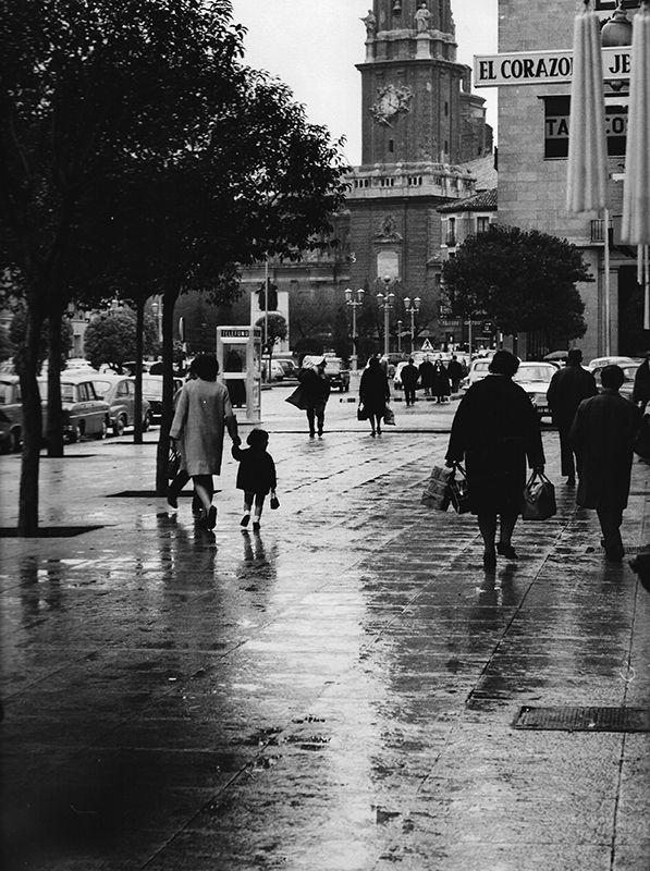 a102p27a345 - lluvia en zaragoza 1969