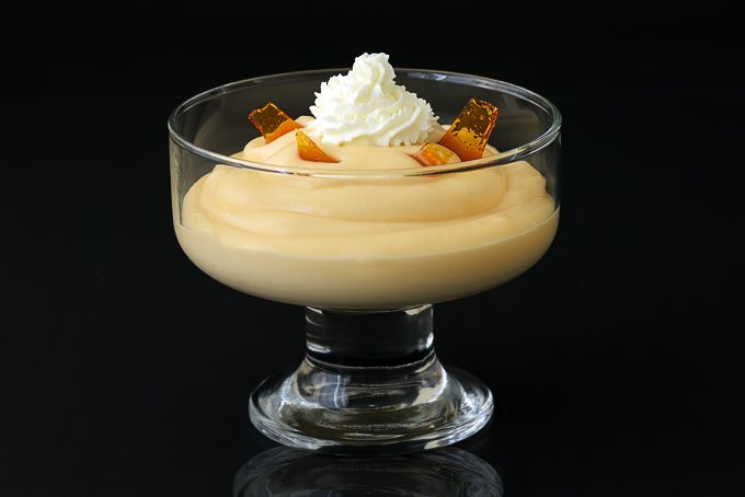 Caramel Pudding with Caramel Shards / gebrannte Creme is a classic Swiss dessert. Try this deliciously decadent dessert recipe.