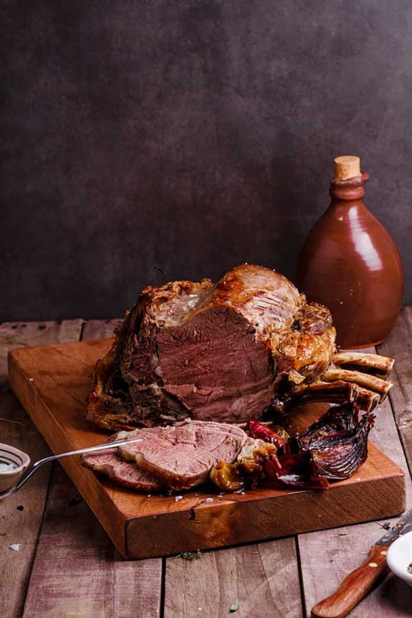 Tender, juicy meat with an exterior of crisp, golden fat. This is the ultimate prime rib beef roast, the perfect centrepiece for any celebration.