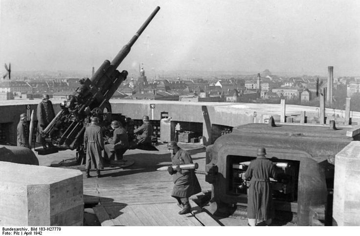 German 88 mm FLACK ( anti-aircraft) cannon and its crew. Berlin, Germany April 1942